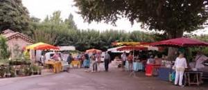 le marché de Rochegude