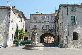 Hôtel de ville de Barjac (Gard)