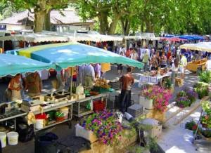 le marché  de Barjac