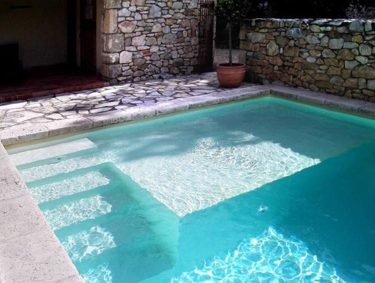 La pataugeoire location de g tes avec piscine gorges de - Location gite gard avec piscine ...